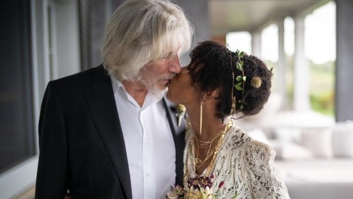 Роджер Уотерс опубликовал свадебные фото с молодой женой