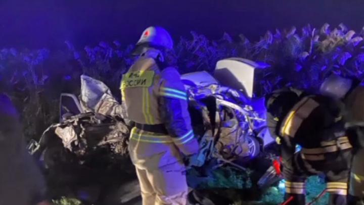 В Дагестане четыре человека погибли в ДТП с пассажирским автобусом