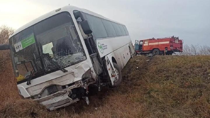 Есть жертвы: страшное ДТП с автобусом в Челябинской области