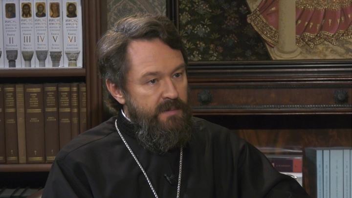 Митрополит Иларион выступил за обязательную вакцинацию священников