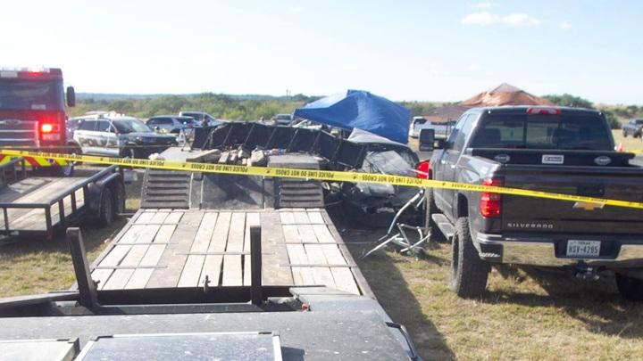 Автомобиль, протаранивший трибуну на гонках в Техасе, убил детей