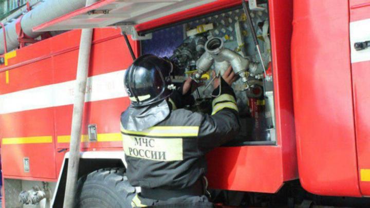 На складе запчастей в Нижнем Новогороде потушили пожар