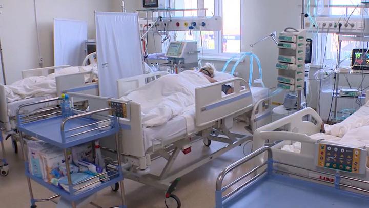 Число заболевших в России COVID-19 за сутки превысило 40 тысяч человек