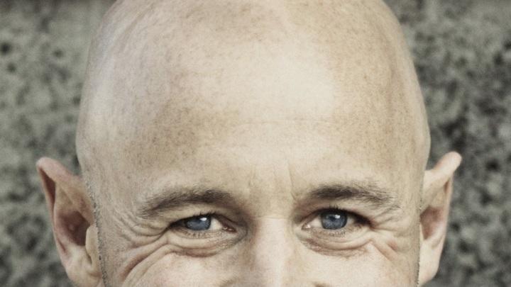 """""""Эффект одуванчика"""": COVID-19 лишает волос"""