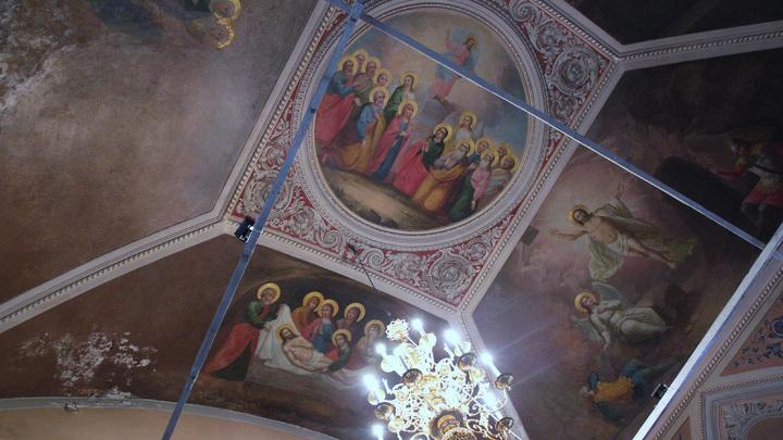 Фрески верхнего храма.