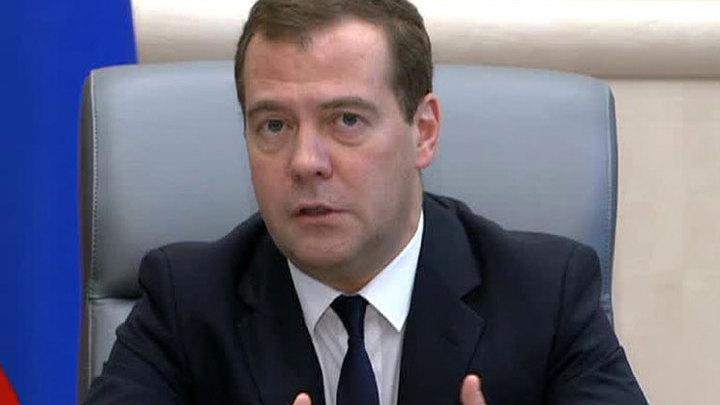 Дмитрий Медведев поздравил с юбилеем Нину Ургант