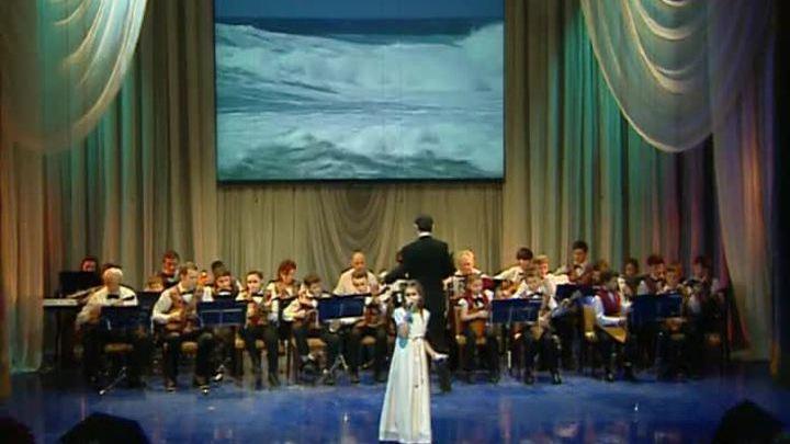 Детскому ансамблю песни и танца имени Дунаевского - 80 лет