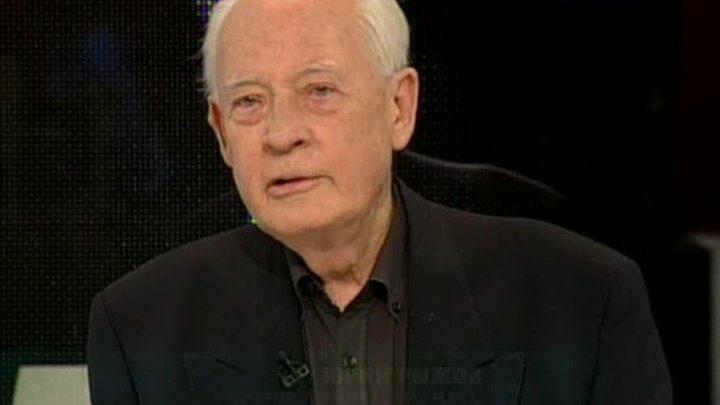 Академик РАН Юрий Рыжов принимает поздравления с 85-летием